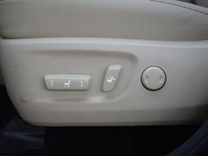 2018款2.0T 四驱豪华版 7座 座椅调节