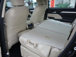 2018款2.0T 四驱豪华版 7座 后排座椅放倒