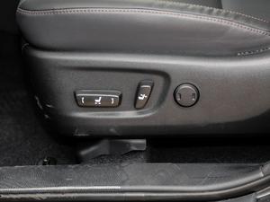 2018款2.0T 四驱尊贵版 7座 座椅调节