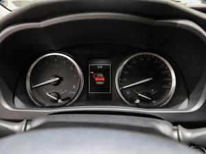 2018款2.0T 四驱尊贵版 7座 仪表