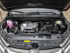 2018款2.0T 四驱尊贵版 7座 发动机