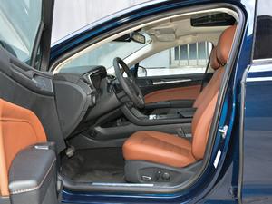 2018款EcoBoost 200 Cognac特别版 前排空间