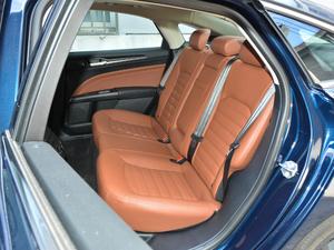 2018款EcoBoost 200 Cognac特别版 后排座椅