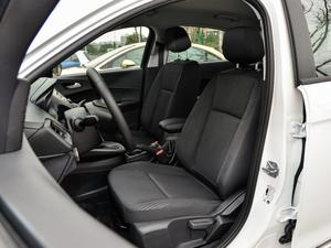 2019款1.5L 自动质享型 前排座椅
