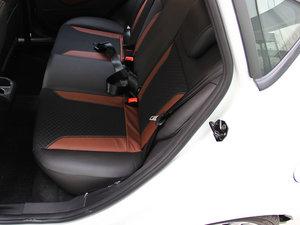 2014款1.0 GTDi 自动劲动型 后排座椅