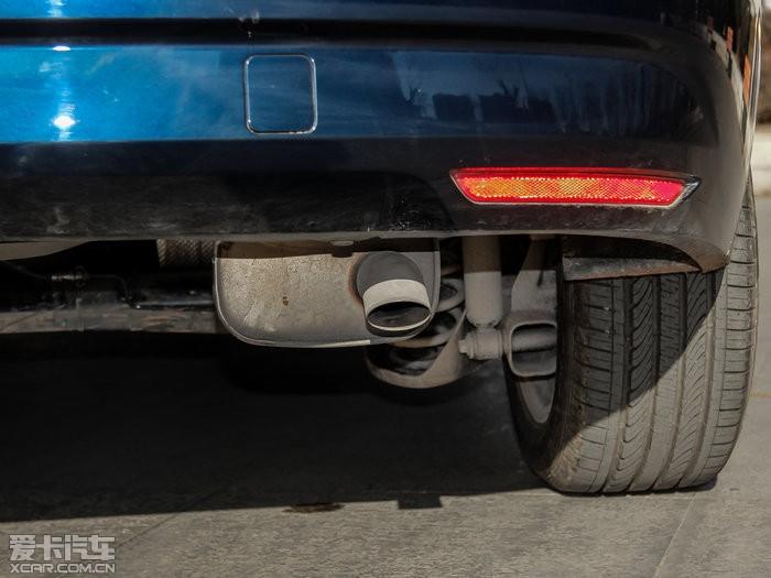 排气管 汽车 700_525