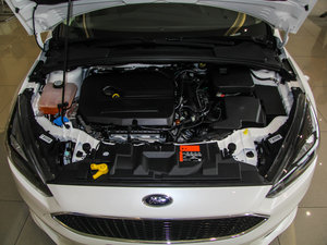 2015款EcoBoost 180 自动运动型 发动机
