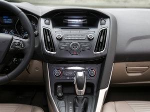 2015款EcoBoost 125 自动超能风尚型 中控台