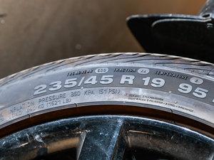 2017款EcoBoost 245 四驱运动型 轮胎尺寸