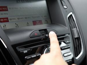2017款EcoBoost 125 手动超能风尚型智行版 中控区