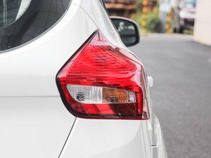 2017款1.6L 自动舒适型智行版 尾灯