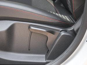 2017款CTCC限量版 座椅调节