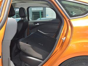 2017款1.6L 手动风尚型智行版 后排座椅放倒