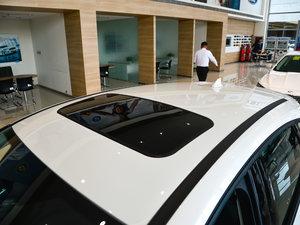 2017款1.6L 自动风尚型智行版 车顶