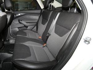 2017款EcoBoost 125 自动超能风尚型智行版 后排座椅
