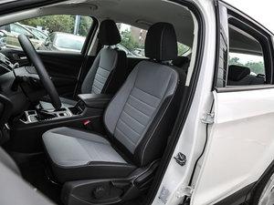2017款EcoBoost 180 两驱精翼型 前排座椅