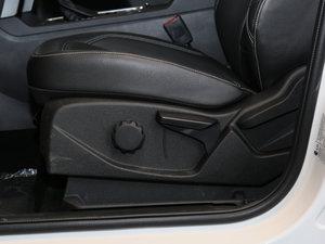 2017款EcoBoost 180 两驱虎跃型 座椅调节