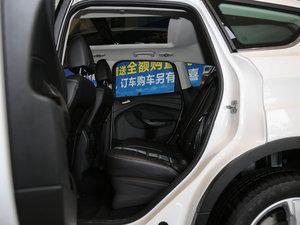 2017款EcoBoost 180 两驱虎跃型 后排空间