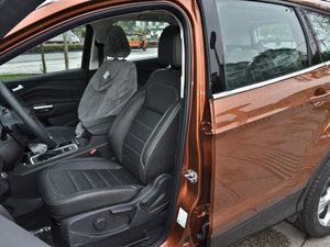 2017款EcoBoost 180 两驱虎跃型 前排座椅