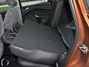 2017款EcoBoost 180 两驱虎跃型 后排座椅放倒
