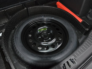 2017款EcoBoost 180 两驱虎跃型 备胎