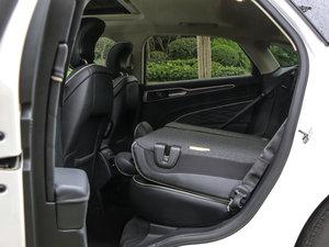2017款EcoBoost 245旗舰型 后排座椅放倒