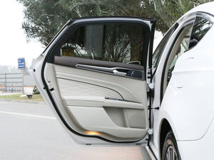 2017款2.0 HEV 智尊旗舰型 后车门
