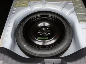 2017款1.5L 自动舒适型 备胎