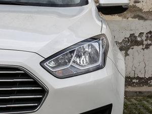 2017款1.5L 自动舒适型 头灯