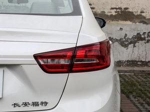 2017款1.5L 自动舒适型 尾灯