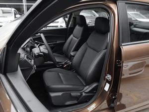 2017款幸福版 1.5L 自动时尚型 前排座椅