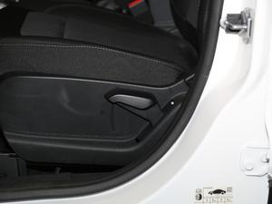 2018款改款 1.5L 自动铂翼型 座椅调节