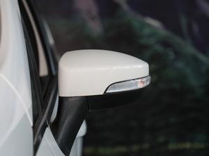 2018款改款 1.5L 自动尊翼型 后视镜