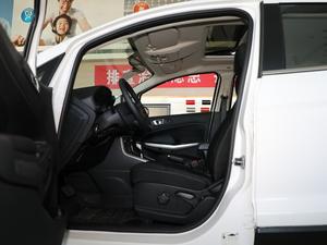 2018款改款 1.5L 自动尊翼型 前排空间