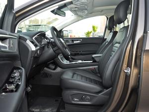 2018款EcoBoost 245 两驱铂锐型 7座 前排空间