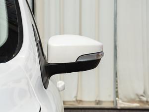 2018款EcoBoost 180 两驱铂翼型 后视镜