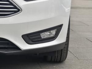 2018款1.6L 自动风尚型智行版 雾灯