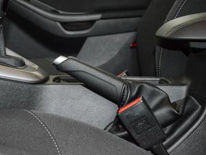 2018款1.6L 手动舒适型智行版 驻车制动器