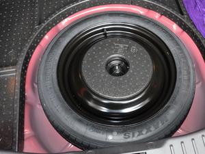 2018款1.6L 手动舒适型智行版 备胎