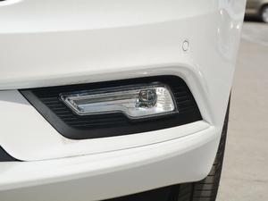 2018款插电混动版 2.0 PHEV 智豪型 雾灯