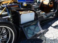 空间座椅Huayra行李厢空间