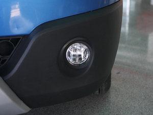 2011款1.3L 手动豪华版 雾灯
