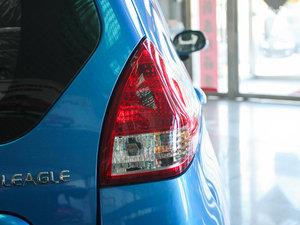 2011款1.3L 手动豪华版 尾灯