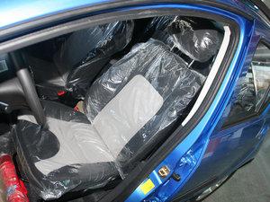 2011款1.3L 手动豪华版 前排座椅