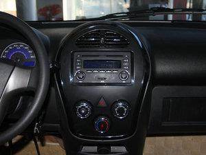 2011款1.3L 手动豪华版 中控台