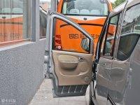 空间座椅优雅驾驶位车门