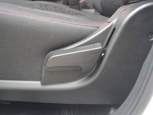 2017款1.5L 手动基本型 座椅调节