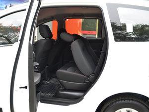 2017款1.5L 手动基本型 后排座椅放倒
