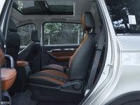 空间座椅开瑞K60后排空间