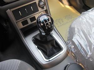 2013款1.5L 手动进取版 变速挡杆